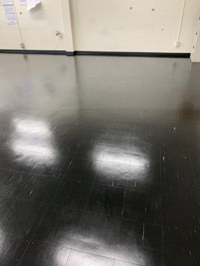 床の光沢は、いつも勉強になります。