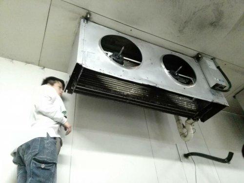 大阪吹田にてユニットクーラーの洗浄と配管の詰まり除去
