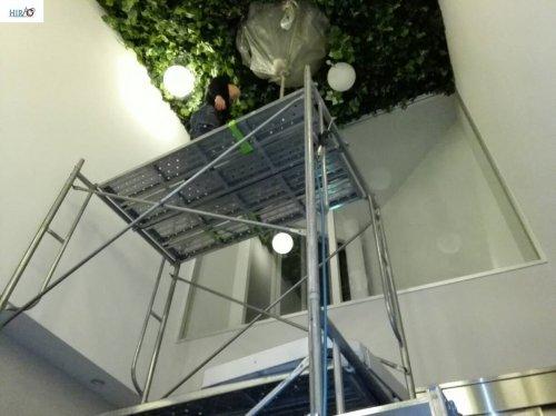 大阪にて病院のエアコン数十台終了致しました。高所の作業は、滋賀のHIRAOにお任せ下さい。