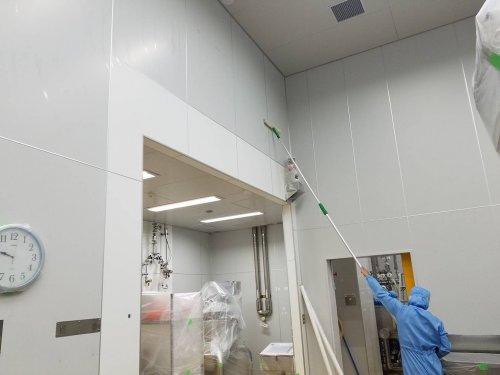 滋賀彦根の製薬会社様の殺菌作業
