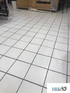 愛知~京都~大阪~広島にて只今複数店舗の定期清掃中です。